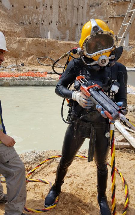 גאו דניה - יציקת בטון תת מימית